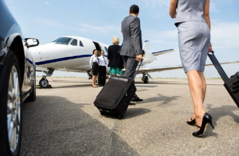 Good reasons to hire a taxi for your airport transfer