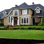 5 Reasons why a Lawn is a Good Idea for Your Front Garden